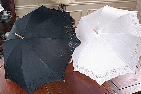 white cotton parasol, white hemstitch parasol